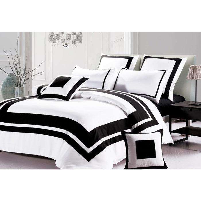 Super King Size Black and White Quilt Cover Set (3PCS)