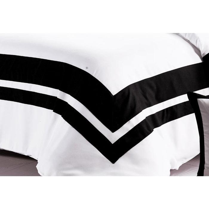 Super King Size Black and White Quilt Cover Set (3pcs) -