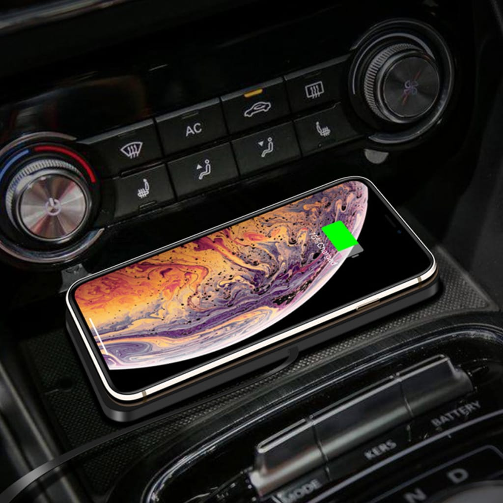 Car Qi Wireless Charger Pad with Anti Skid Rubber Base